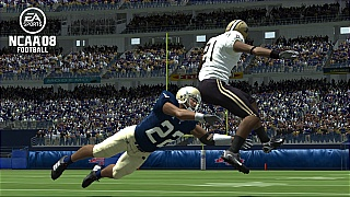 NCAA Football 08 tackle attempt